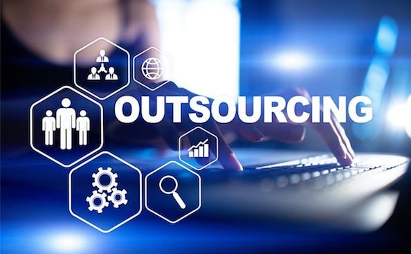 L'outsourcing IT è una soluzione molto valida per aziende di ogni dimensione: quali sono i suoi vantaggi?